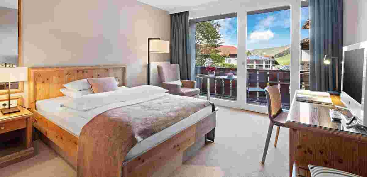 Classic Single Room in the 5* sport and wellness hotel Allgäu Sonne