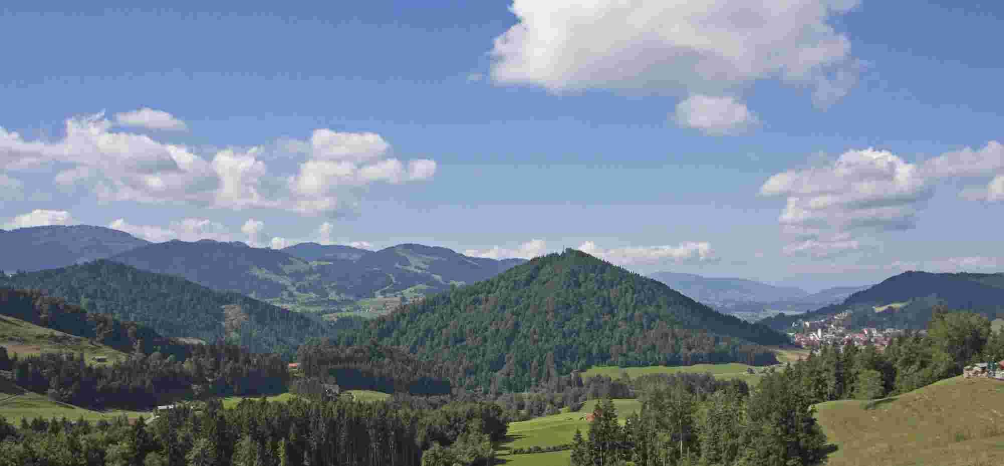 Staufen mit Oberstaufen im Sommer