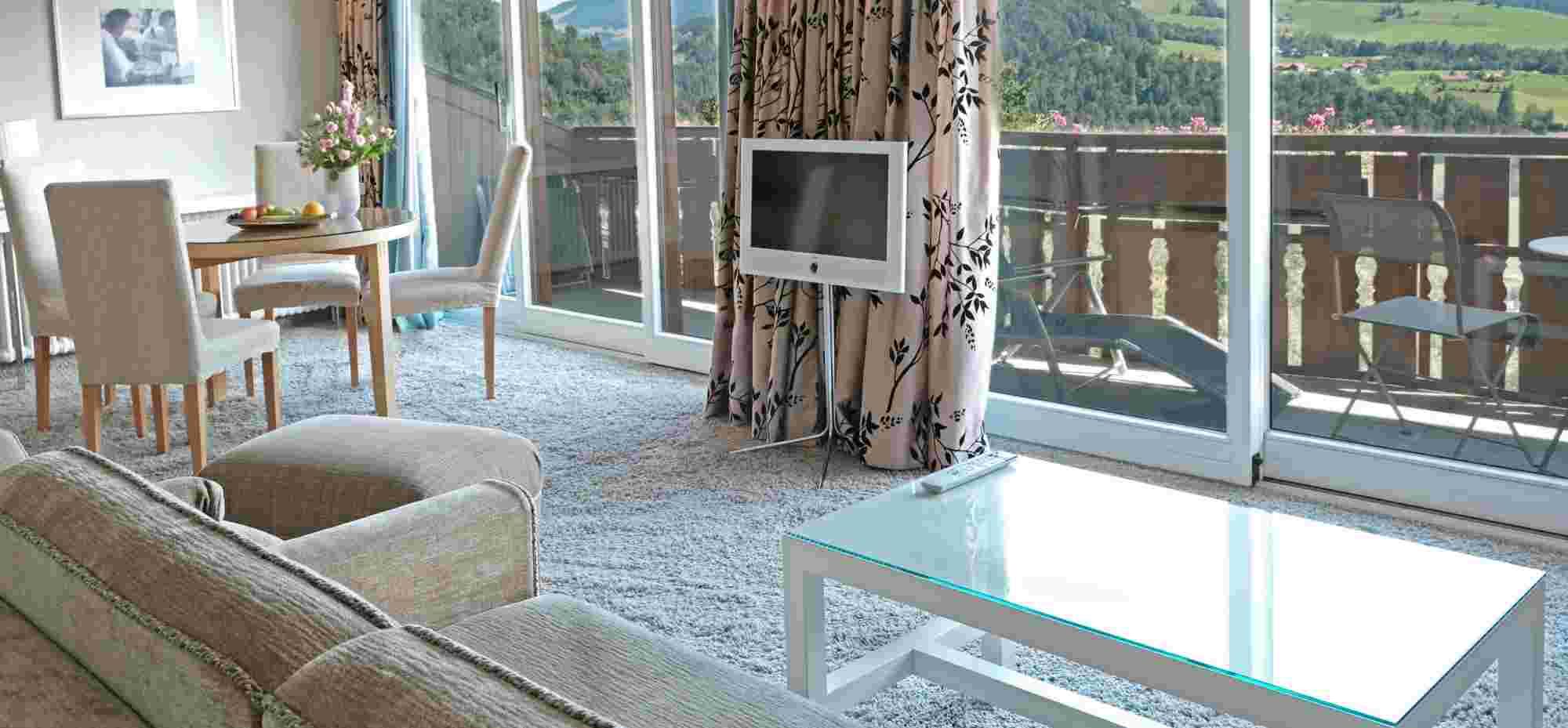 Panorama Comfort Suite mit Blick auf Hochgrat im Sport- & Wellnesshotel Allgäu Sonne