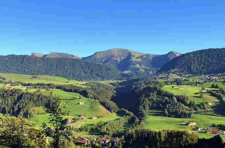 Schöne Aussichten vom Hotel Allgäu Sonne auf den Hochgrat