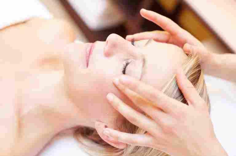 Gesichtmassage im Hotel Allgäu Sonne in Oberstaufen