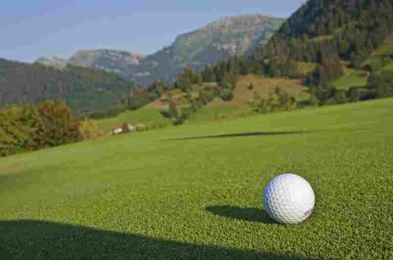 Golfen in der Allgäu Sonne