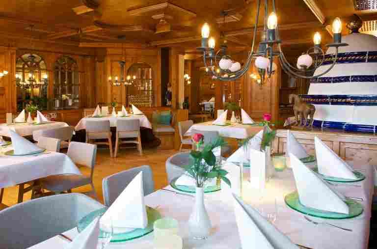 Schroth Restaurant
