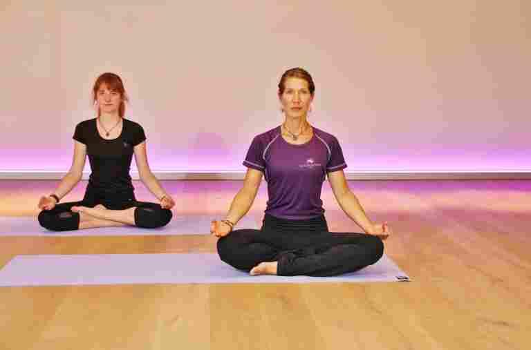 Yoga in der Allgäu Sonne