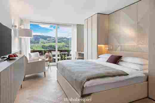 Superior Doppelzimmer in weiß mit Aussicht im 5 Sterne Hotel Allgäu Sonne