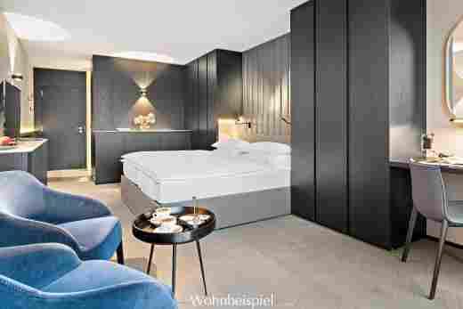 Superior Doppelzimmer in anthrazit, Blick ins Zimmer im 5 Sterne Hotel Allgäu Sonne