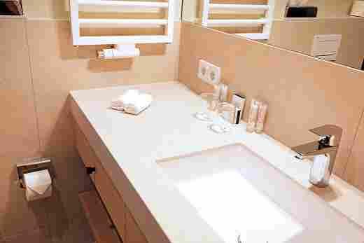 Badezimmer im Superior Doppelzimmer im Landhaus im Hotel Allgäu Sonne in Oberstaufen